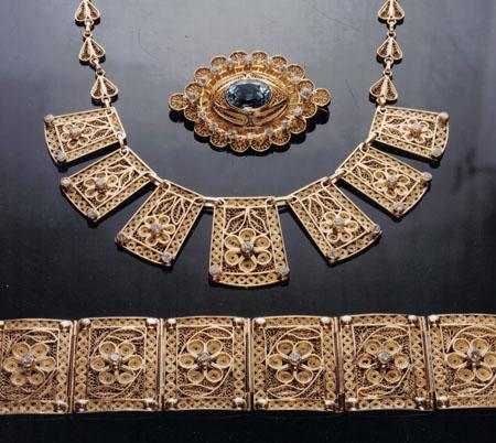 gold filigree jewelry 1000 Jewelry Box